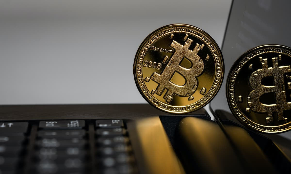Twitter To Give Everyone A Bitcoin Wallet 1200x718